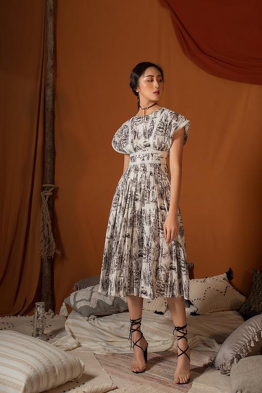 Váy vai chờm chạy ren eo
