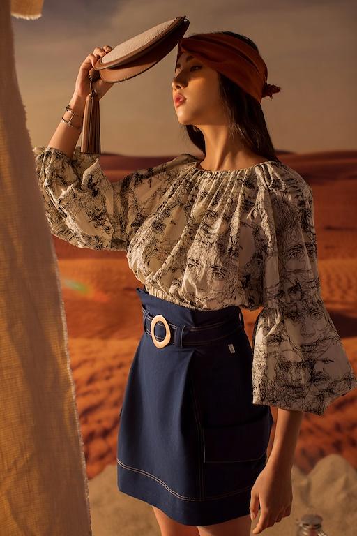 Áo cổ tròn dài tay bo chun