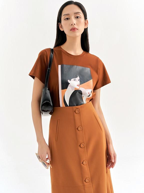 Áo phông CT in cô gái áo hở lưng